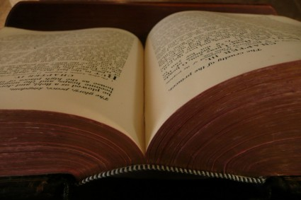 open_old_book_200283