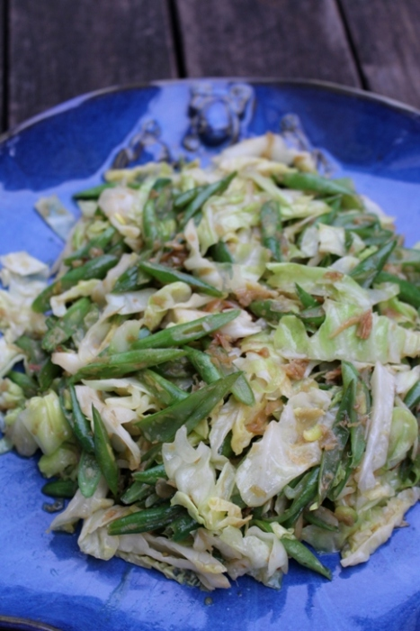 Spicy Green beans and cabbage